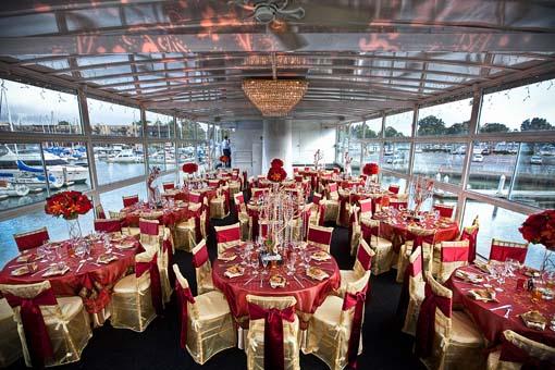 Decoração de Casamento Dourada  INTERNOVIAS