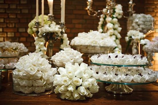 decoracao branca e dourada para casamento:Decoração de Casamento Branca