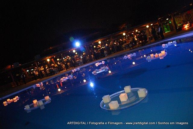 Decora o de casamento na priscina blog internovias - Velas para piscinas ...
