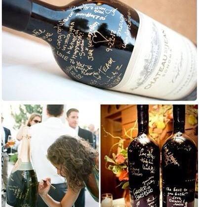 convidados-escrevem-na-garrafa-de-vinho