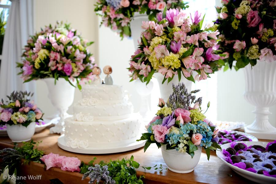 Combinação de Decoração de Casamento Verde e Lavanda