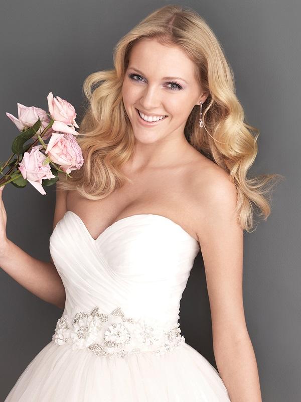 Vestidos de Noiva Ideais para Noivas Românticas