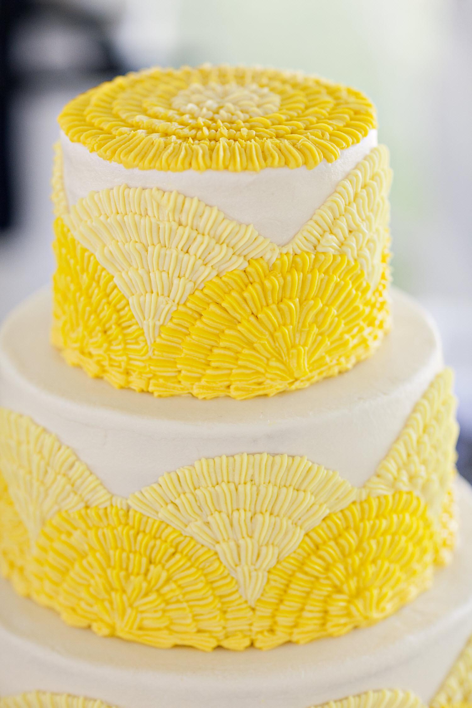 cores nos bolos de casamento