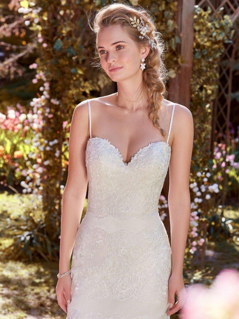 Vestido de Noiva Estilo Simples