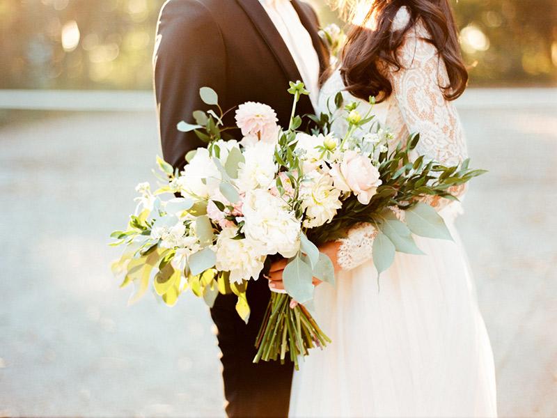 Buquês de noivas estilo cascata