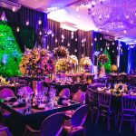 É tendência: Decoração de Casamento Neon