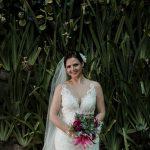 Casamento Rústico na Praia no Grumari Beach Garden | Noiva Internovias Izabela
