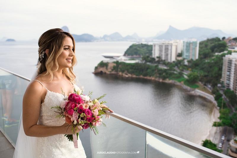 Casamento Rústico no Jardim no Solar de Gração   Noiva Internovias Marcela