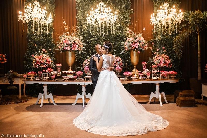 Casamento Rústico Chic no Jardim Alhambra | Noiva Internovias Monique