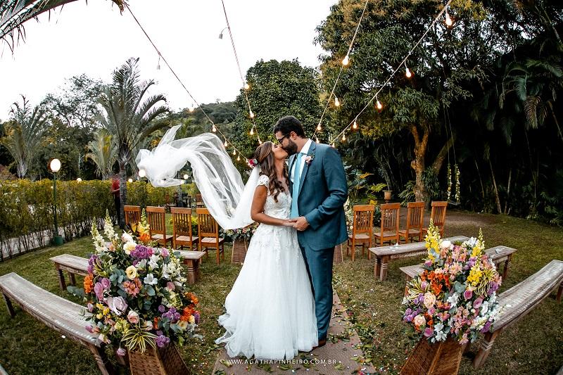 Casamento Rústico Chique na Casuarinas Festas | Noiva Internovias Fernanda