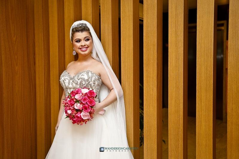 Casamento Clássico Romântico na Casa de Festa JL | Noiva Internovias Luciana