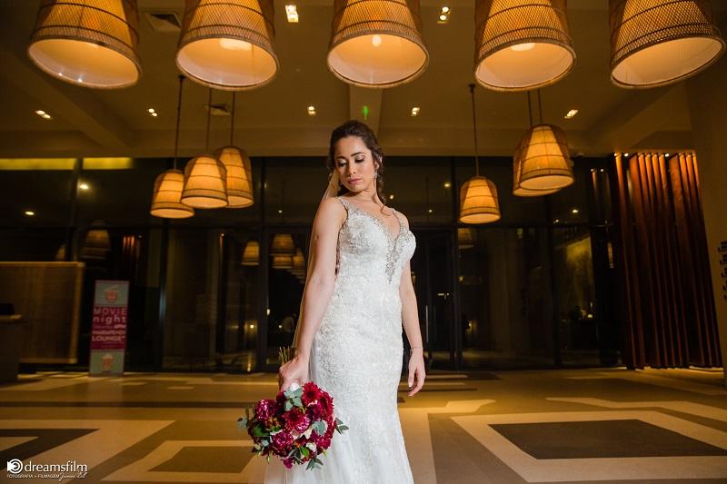 Casamento Clássico Romântico na Casa de Festa Marc Recepções | Noiva Internovias Juliana