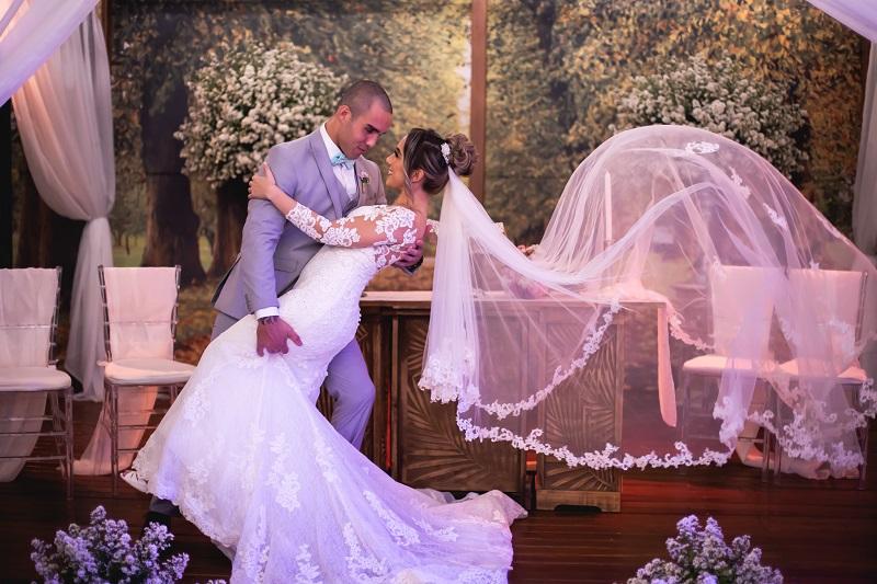 Casamento Clássico na Casa de Festas Iris Supreme | Noiva Internovias Kamilla