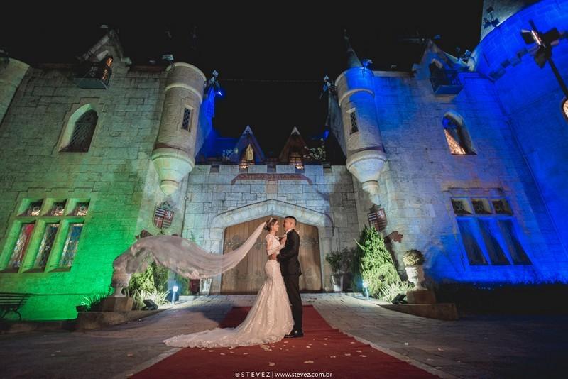 Casamento Clássico no castelo de Itaipava | Noiva Internovias Renata