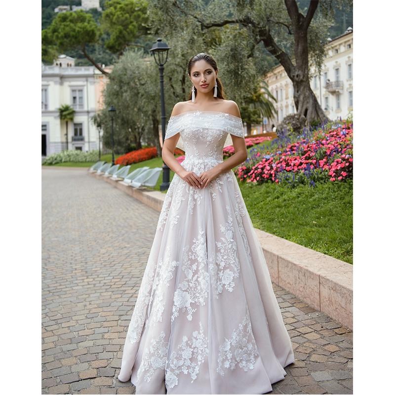 9 vestidos inspirados no vestido de noiva da princesa Beatrice
