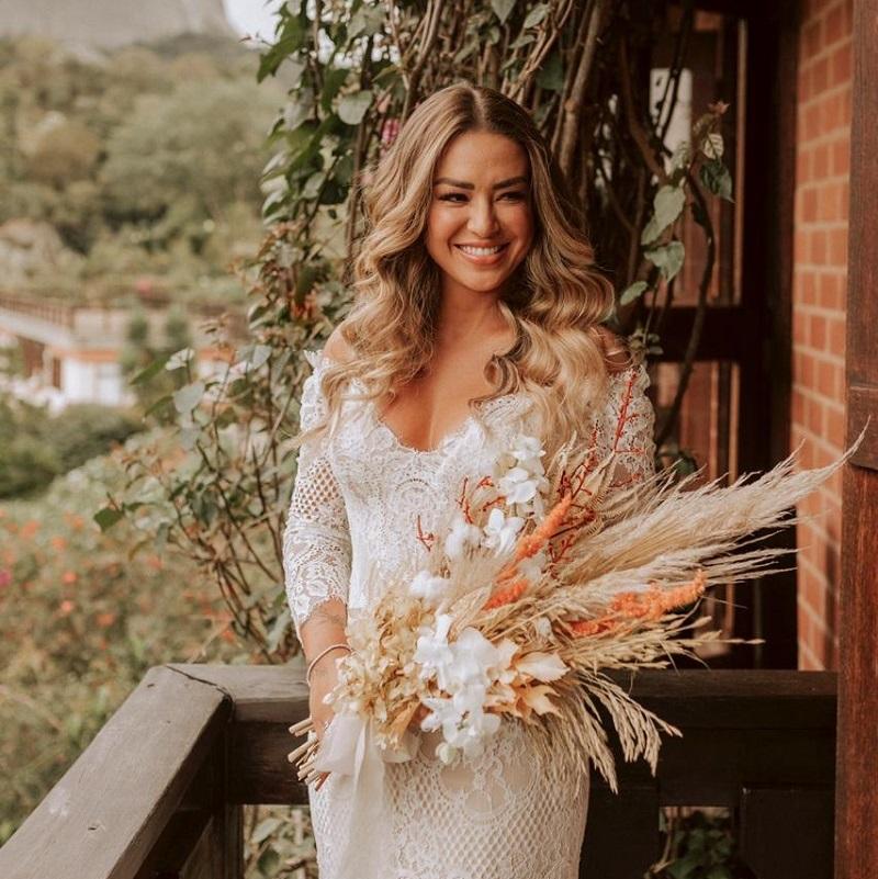 Mini Wedding Boho Chic no Passarin Casa Restaurante | Noiva Internovias Aklla