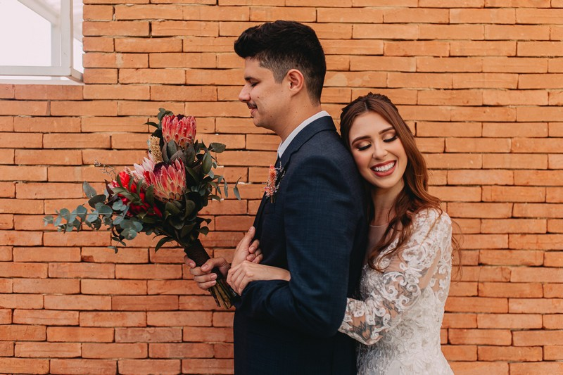 Mini Wedding ao Ar Livre no Sítio Martins Eventos | Noiva Internovias Luana