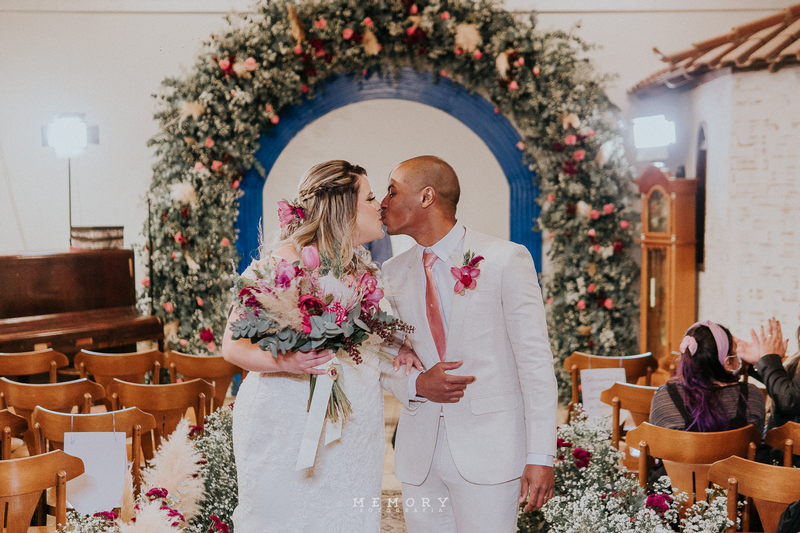 Casamento ao Ar Livre à Noite no Sítio Enfesta | Noiva Internovias Isabelle
