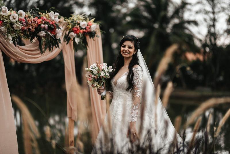 Casamento ao Ar Livre na Casa do Lago | Noiva Internovias Maria Luiza