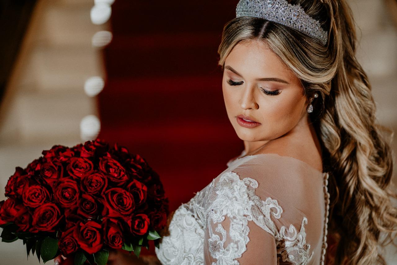 Casamento ao Ar Livre à Noite no Coliseum Eventos | Noiva Internovias Carol